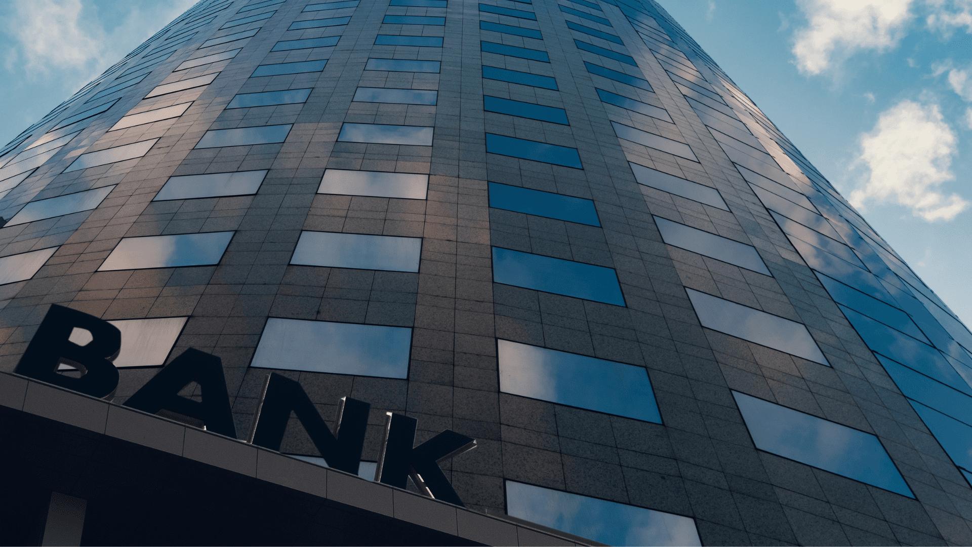 UNIQUE INSURANCE EXPOSURES FOR BANKS